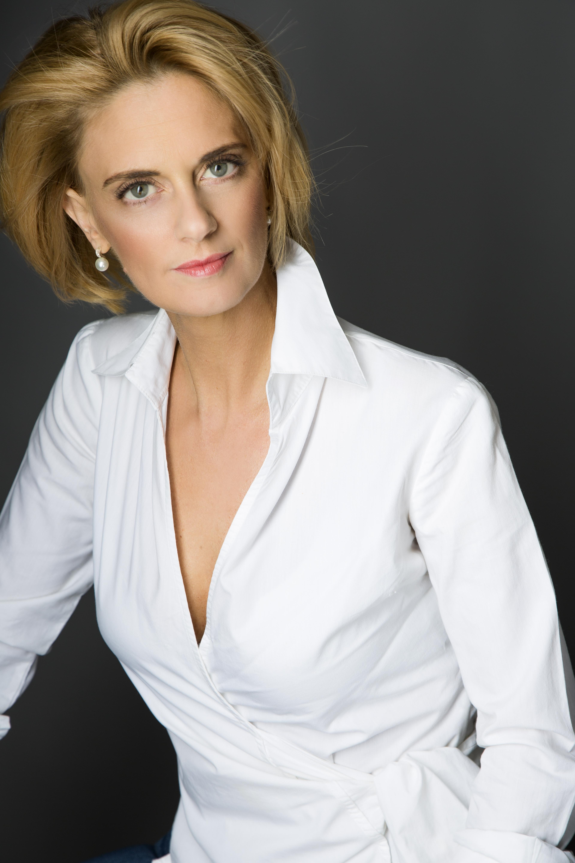 Dr.Berzy Katalin